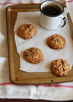 Cranberry oatmeal cookies with coconut / Cookies de aveia, coco e cranberry