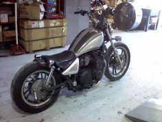1982 Yamaha bobber xj750