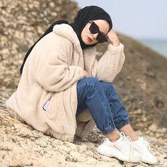Modern Hijab Fashion, Muslim Fashion, Modest Fashion, 90s Fashion, Fashion Outfits, Fashion Forms, Fashion Clothes, Fashion Ideas, Modest Outfits