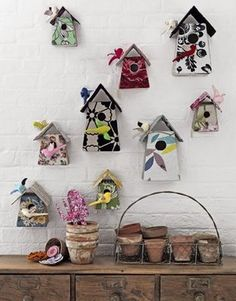Tamar Mogendorff bird houses made from floral fabrics - from US Country Living Magazine . Bird Crafts, Crafts To Do, Country Living Magazine, Fabric Birds, Little Houses, Small Houses, Bird Feathers, Bird Houses, Decoupage