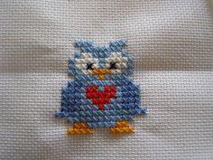 Ugle Xmas Cross Stitch, Modern Cross Stitch, Cross Stitch Designs, Cross Stitching, Cross Stitch Embroidery, Embroidery Patterns, Hand Embroidery, Cross Stitch Patterns, Baby Crafts