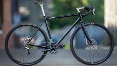 Discs on a roadie Kona Sutra, Bici Retro, Off Road Cycling, Garage Bike, Urban Bike, Commuter Bike, Touring Bike, Bicycle Design, Bike Life