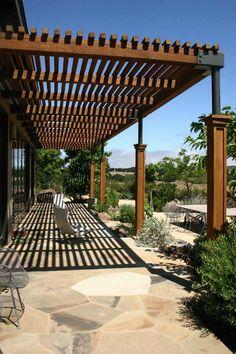 terrasse-überdachung-holz-stühle.jpg (600×900)