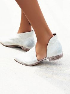 6 Pairs of Best Free People Shoes to Shop  shoes  shopping  fashion Zapatos c142a9f0e00ae