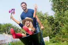 Har du lige fået nyt hus, og har du INGEN forstand på haver? Ingen panik! Haveksperten og hortonomen Johan Orres har tipsene til dig, som er ny i haven og har lyst til at skabe din egen drømmehave.