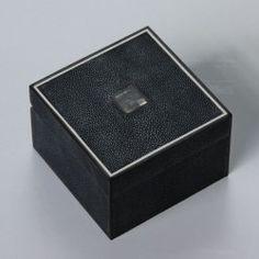 FILE BLACK EXTRA SMALL box black stingray, black MOP and ebony. #Cravt #DKhome #Craftsmanship #Living #Furniture #Accessories #Boxes #Stingray #Luxuryfurniture