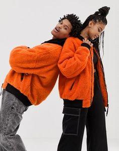 COLLUSION Unisex oversized borg bomber jacket Style Photoshoot, Photoshoot Concept, Photoshoot Themes, Couple Photoshoot Poses, Couple Posing, Fashion Photography Poses, Couple Photography Poses, Fashion Poses, Fashion Outfits