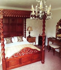 Our beautiful new #fourposterbed in Eugenie. #welshhotels #pobhotels