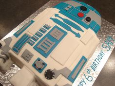 """Képtalálat a következőre: """"R-2-D-2 cakes"""""""