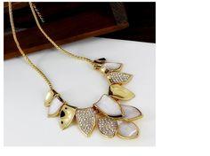 New Design Fashion Elegant Golden Leaves Collar Bib Necklace