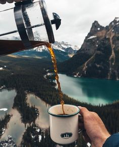 Camping Fotos Hiking Ideas For 2019 Adventure Awaits, Adventure Travel, Destinations, Camping Life, Camping Places, Camping Theme, Camping Crafts, Tent Camping, Outdoor Camping