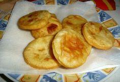 Olajban sütött krumplis pogácsa Hungarian Recipes, Hungarian Food, Snack Recipes, Snacks, Muffin, Chips, Bread, Snack Mix Recipes, Appetizer Recipes