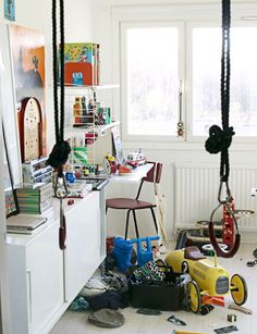 blogger home tours, keeping it real, unstyled and messy = awesome