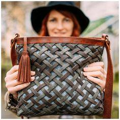 Leather Bags Handmade, Handmade Bags, Handmade Handbags, Handmade Bracelets, Tote Handbags, Purses And Handbags, Cheap Handbags, Prada Handbags, Pink Purses
