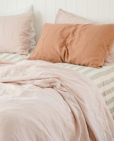 A beautiful French Flax combination of Blush, Natural Milk Thick Stripe and Sandalwood. Luxury Duvet Covers, Luxury Bedding, King Sheets, Bed Sheets, Bedroom Inspo, Bedroom Decor, Bedroom Inspiration, Small Room Bedroom, Bedroom Stuff