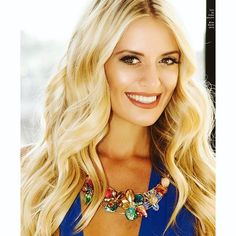 A good hairstylist can always help match your hair extensions to your own hair or vice versa. Who's your go to stylist? Miss Canada, Hair Extensions, Your Hair, Stylists, Instagram, Fashion, Weave Hair Extensions, Moda, Extensions Hair