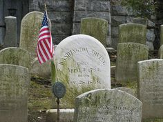Sleepy Hollow Halloween Legends and Lanterns - Guardian Liberty Voice Cemetery Monuments, Cemetery Art, Holidays Halloween, Halloween Fun, Halloween Legends, Sleepy Hollow Halloween, Tarrytown New York, Sleepy Hollow Cemetery, Legend Of Sleepy Hollow