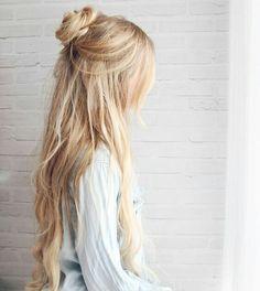 half-up boho bun - hair tutorial by kassinka Up Hairdos, No Heat Hairstyles, Summer Hairstyles, Straight Hairstyles, Braided Hairstyles, Prom Hairstyles, Hairstyle Ideas, Trendy Hairstyles, Hairstyles To Sleep In