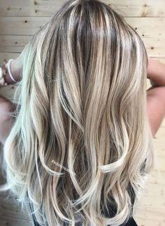 Hair flamboyage balayage ash blonde 39 new ideas Blonde Hair Looks, Brown Blonde Hair, Brunette Hair, Sandy Blonde, Winter Blonde Hair, Balayage Long Hair, Ombre Hair, Cool Blonde Balayage, Blonde Foils