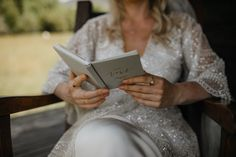 A highlight gallery of the beautiful elopements and intimate weddings I have photographed in New Zealand. Ana Galloway New Zealand Elopement Photographer Intimate Weddings, New Zealand, Storytelling, News, Photography, Beautiful, Fotografie, Photography Business, Photo Shoot