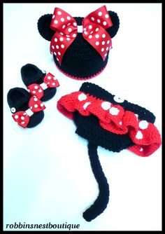 Crochet Minnie Mouse Outfit  Newborn to 12 by robbinsnestboutique, $38.00