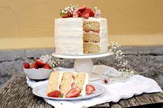 Skalldyrkabaret Vanilla Cake, Cheese, Desserts, Food, Vanilla Sponge Cake, Meal, Hoods, Dessert, Postres