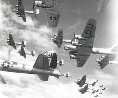A large formation of B17G bombers