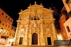 Il Ridotto – казино, где появился современный гемблинг.  В городе на воде в Венеции вам расскажут, что самым первым казино в мире была знаменитая Il Ridotto (Частная Комната), принявшая первых игроков в 1638 году. © 777SlotGames «Интересные факты» #777slotgames #gamblinglife #casinolife #IlRidotto #casino