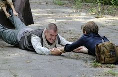 Lucas Till as Angus Macgyver and George Eads as Jack Dalton in a promo photo for Macgyver 2x01 DIY or Die