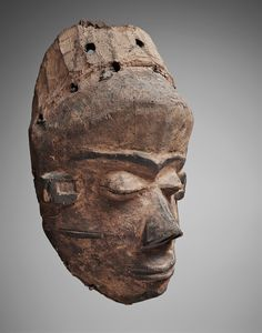 Democratic Republic of the CongoA PENDE MASK, Auction 1063 African and Oceanic Art, Lot 85