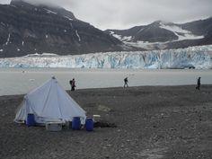 Increíbles vistas en los campamentos de #Svalbard #Noruega Foto: Álvaro Jacobo.