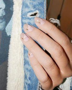 15 Best Nail Polish Removers: How to Remove Nail Polish - Glowsly Beige Nails, Pastel Nails, Nude Nails, Wedding Nails For Bride, Wedding Nails Design, Best Nail Polish, Nail Polish Colors, Negative Space Nails, Nailart