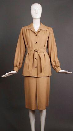 Vintage 1970s tan khaki YVES SAINT LAURENT ysl 1972 iconic safari suit belted jacket blazer vented pencil midi skirt 2pc set rare 38 8