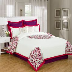 8 Piece King Richwood Red and White Bedding Comforter Set$69.99