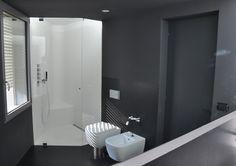 #Box doccia in vetro extrachiaro di sicurezza #vavassoriebrignoli architetture in vetro