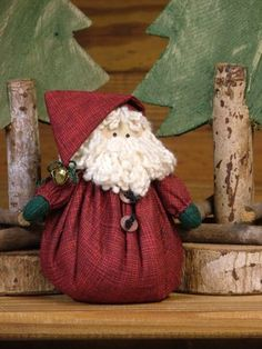 Santa Beans Santa Beans Gift suggestions: Christmas is coming Christmas or the Christ festival, the Event of lights, the Party of pe. Christmas Sewing, Felt Christmas, Homemade Christmas, Christmas Tree Ornaments, Christmas Holidays, Santa Ornaments, Santa Crafts, Christmas Projects, Holiday Crafts