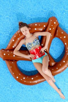 Pretzel pool float.