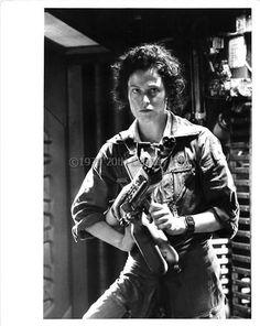 Photo credit: Bob Penn. © 1979 Twentieth Century Fox. Alien Movie 1979, Aliens Movie, Alien Ripley, Aliens 1986, Predator 1, Sigourney Weaver, April O'neil, Alien Vs, Xenomorph