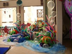 Under water themed bespoke balloon decorations.