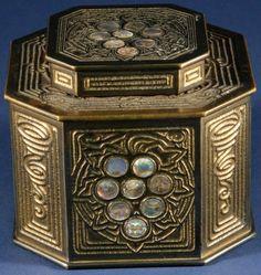 Tiffany - Encrier - Bronze et Nacre - Vers 1910