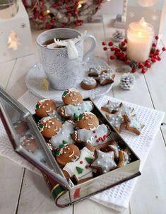 Christmas Mood, Noel Christmas, Best Christmas Gifts, Christmas Candy, Christmas Desserts, Christmas Baking, Gingerbread Man Cookies, Christmas Cookies, Love Eat