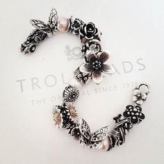 Take a look at how customers and trollbeads collectors style their collection. Get style inspiration and ideas from this trollbeads page. Trollbeads Armband, Brighton Jewelry, Bangles, Bracelets, Jewelry Companies, Pandora Jewelry, Bracelet Designs, Personalized Jewelry, Jewelry Accessories