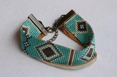 Bracelet perles tissées miyuki azur bleu marine et doré : Bracelet par leslubiesdawa
