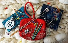 HiyaHiya Panda Li Point Protectors, Sheep Needle Gauge and Small Yarn Ball Stitch Markers A selection of #HiyaHiya products to brighten up your Monday morning! #knitting #crochet ---the picture is from HiyaHiya Europe on Facebook