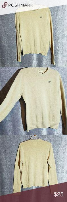 Sweater Wool Cashmere Medium Hollister sweater, will cashmere blend,  light pilling , tan, size medium,  good condition. Hollister Sweaters Crew & Scoop Necks