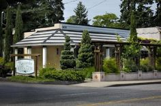 Riccardo's Ristorante Lake Oswego Oregon....many happy occasions were celebrated here over the years.