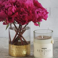 Showstopping peonies, @accentdecorinc Elsa vase, and a Rewined candle makes up our Glamour Bundle ✨Still available to order online at an amazing price until midnight!
