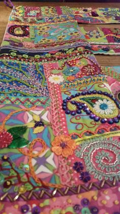 crafts by mischa: Crazy quilten - mischa this is stunning Crazy Quilt Stitches, Crazy Quilt Blocks, Crazy Quilting, Rag Quilt Patterns, Afghan Crochet Patterns, Applique Quilts, Felt Crafts, Fabric Crafts, Gypsy Boots