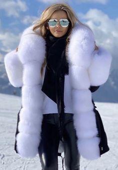 Fur Lined Coat, Fox Fur Coat, Fur Fashion, Womens Fashion, Fabulous Fox, Blanket Coat, White Face Mask, Winter Gear, Winter Beauty