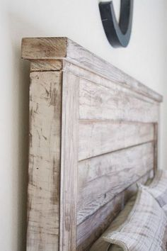 See our headboard designs and nautical bedroom decor for your nautical bedroom furniture. Make a seaside themed bedroom from these seaside bedroom ideas. Diy Bed Headboard, Rustic Wood Headboard, Headboard With Lights, Diy Bed Frame, Headboard Designs, Rustic Bedding, Headboards For Beds, Headboard Ideas, Painted Wood Headboard